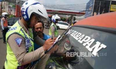 Kena Tilang di Cirebon, Cukup Klik Aplikasi di Gadget