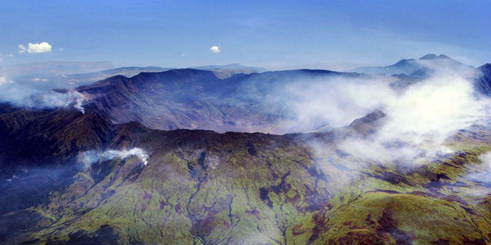 Kaldera Raksasa Tambora Jadi Magnet Turis Dunia