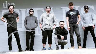 Vokalis The Titans Mengundurkan Diri karena Masalah Pribadi