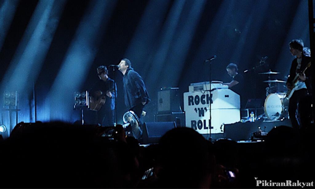 Menonton Liam Gallagher, Menikmati Oasis Secara Eceran