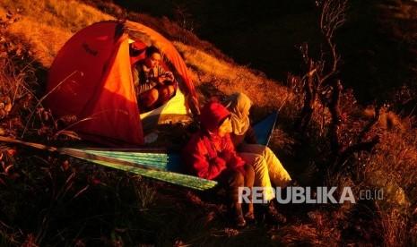 Mendaki Puncak Gunung Tertinggi Sulawesi Selatan