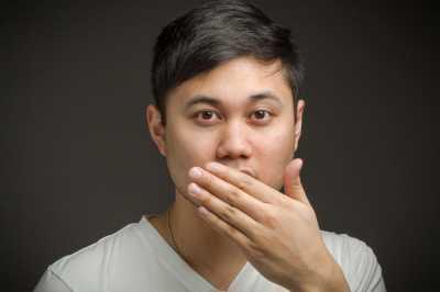 3 Cara Cepat Hilangkan Bau Mulut Saat Puasa