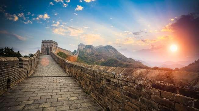 Turis Cina Habiskan Rp 1,121 Triliun Selama Imlek