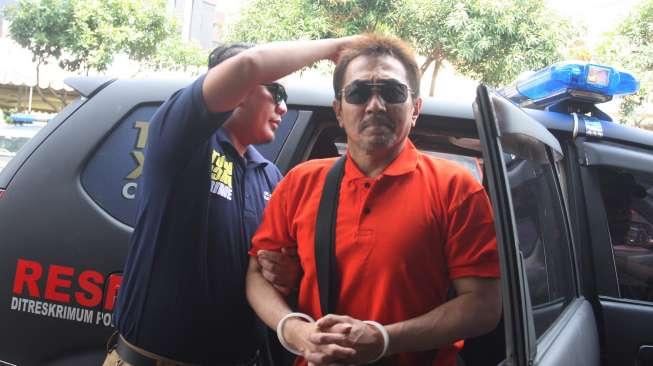 Lebih Ringan, Istri Gatot Brajamusti Dihukum 18 Bulan Penjara