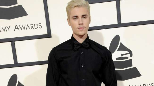 Fans Minta Bieber Batalkan Konser