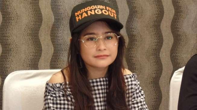 Gila Banget Nih, Tangan Fans Ditato Wajah Prilly Latuconsina