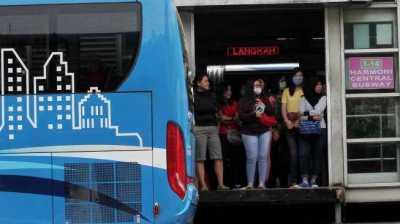 Riset: Angkutan Umum Lebih Diminati Perempuan Ketimbang Lelaki