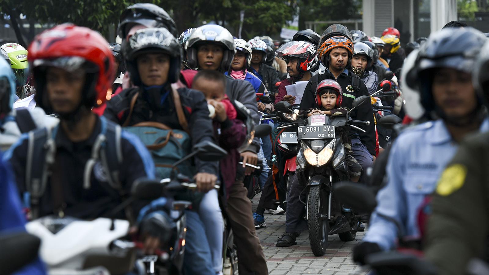 Buat Pemotor, Jangan Lakukan Ini Kalau Masih Sayang Anak