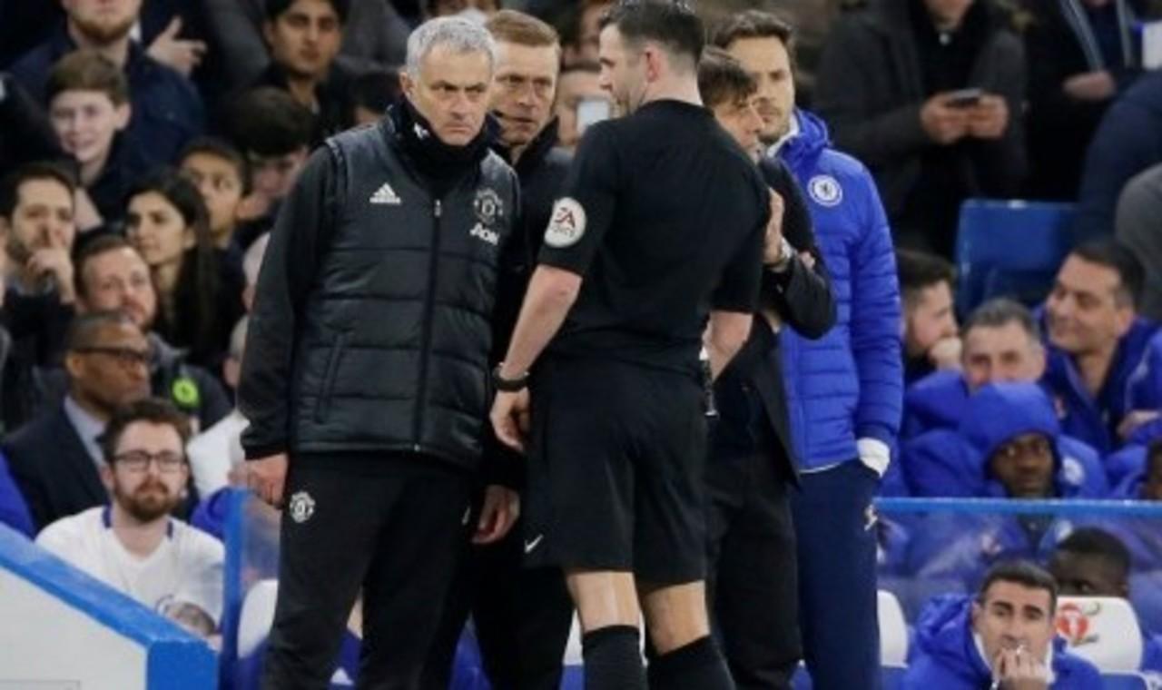 Mourinho Bersitegang dengan Conte