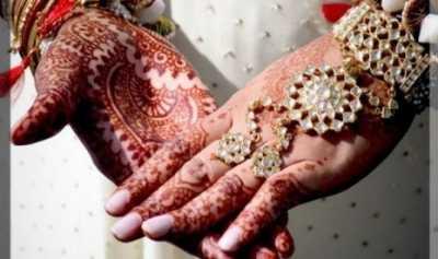 Pemerintah India Bekali Pengantin Perempuan dengan Pentungan Kayu