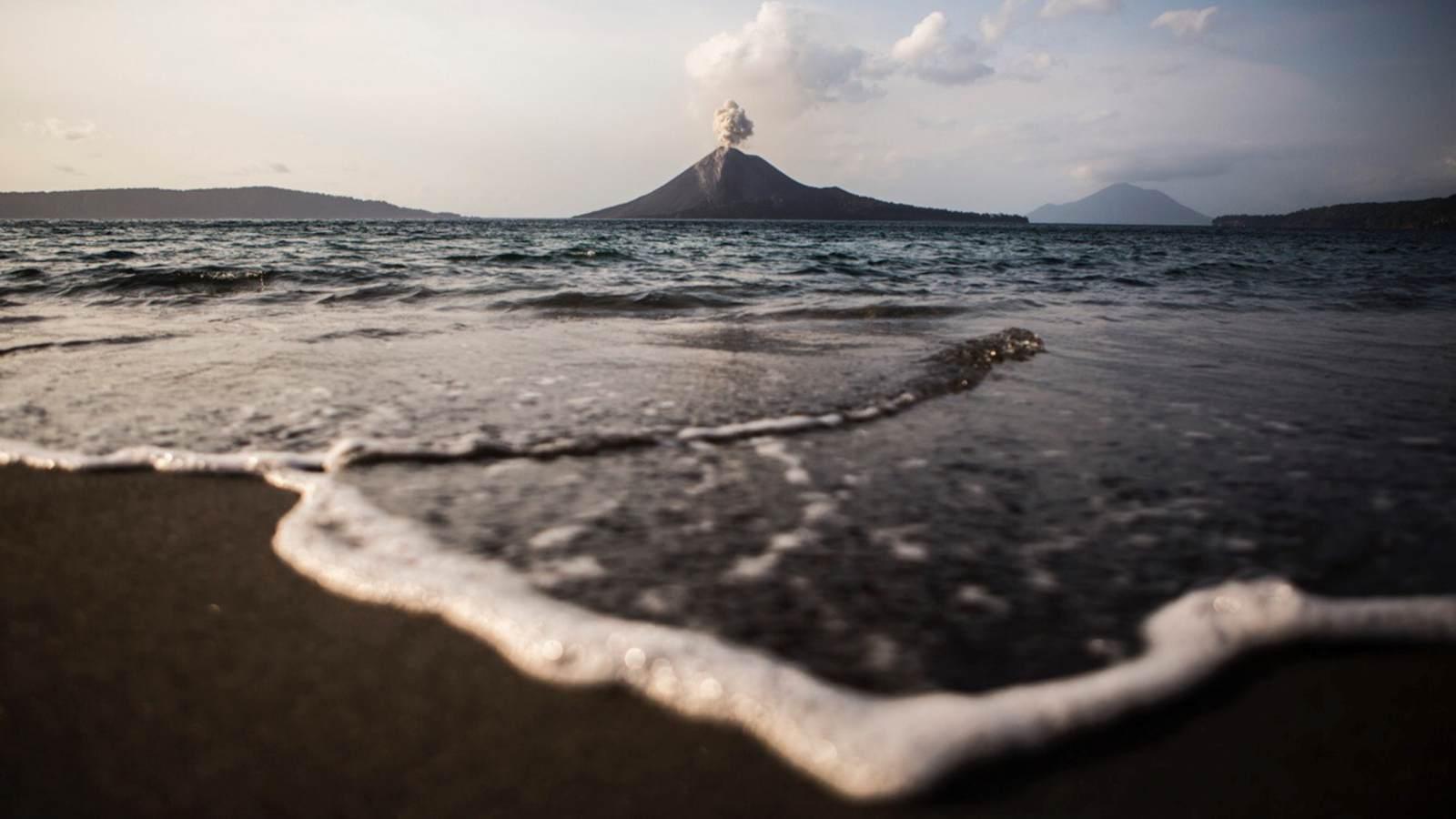4 Mekanisme yang Bisa Sebabkan Volcanogenic Tsunami di Selat Sunda