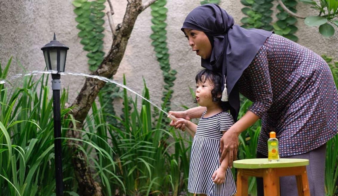 Tantri Kotak Berencana Melepas Alat KB Setelah Anak Pertama Berusia 3 Tahun