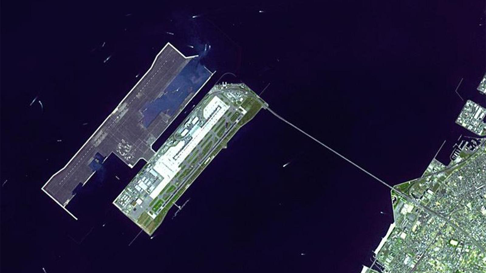 Jepang Punya Bandara Kansai yang Mengapung di Tengah Laut