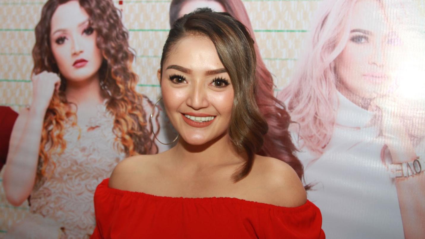 Kegalauan Siti Badriah Mengetahui Teman Dekatnya Menikah ...